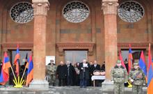 Տոնական միջոցառում` Հայոց բանակի կազմավորման 26-րդ տարեդարձին ընդառաջ և Սուրբ Սարգիս զորավարին նվիրված տոնի առթիվ