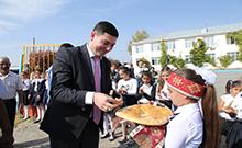 Փոխմարզպետ Կարեն Գրիգորյանը ներկա է գտնվել Մայիսյանի միջնակարգ դպրոցում «Ուսուցչի տոնին» նվիրված միջոցառմանը