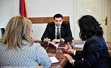 Մարզպետն ընդունել է «ԲԱՐՁՈՒՆՔ 5165» ֆրանսահայ բարեգործական ՀԿ-ի գլխավոր տնօրենին