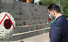 Մարզպետն այցելել է Սարդարապատի հուշահամալիր և հարգանքի տուրք մատուցել Սարդարապատի ճակատամարտի հերոսների հիշատակին
