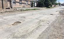 Կասֆալտապատվի Խորոնք համայնքի Մովսես Խորենացու անվան թաղամասի գլխավոր փողոցը